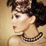 Правила подбора украшений на шею по типу внешности